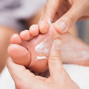 Foot Scrub & Massage